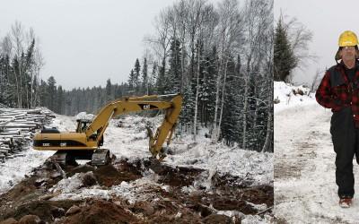 RitaLeistner_WinterLoggingPQ_Loggers_SimonCote_Excavator_2006
